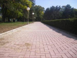 36. Behaton/betonske ploce Sumarice-Kragujevac