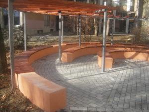 44. Uciteljski fakultet u Jagodini Behaton-betonska ploca